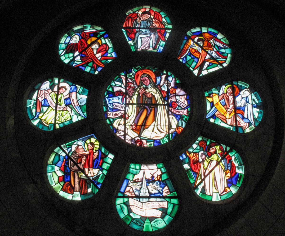 la rosace de l'église de Sannois